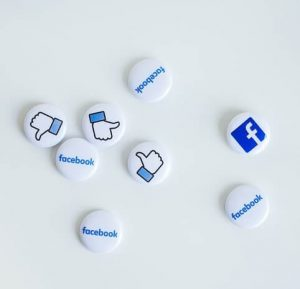 Petits badges Facebook